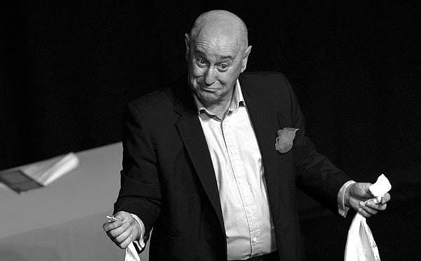 The Gentleman Magician - Bruce Glen - Adelaide Fringe